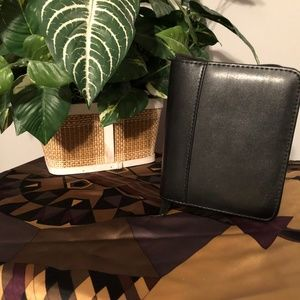 Black Leather case with notepad!